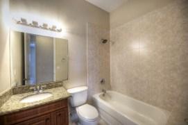 022_Full Bathroom